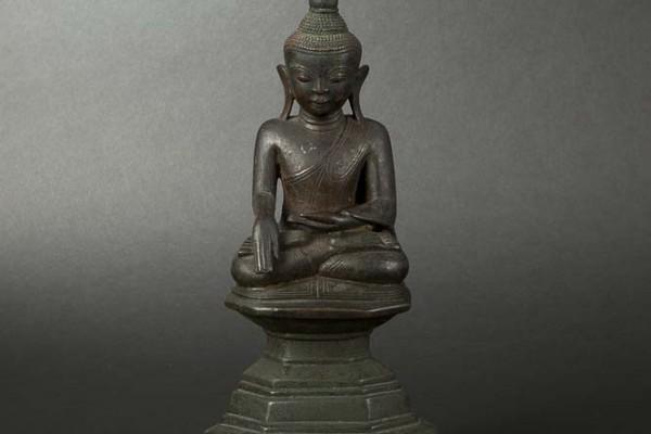 Bouddha en bronze Birmanie XVIIIème siècle