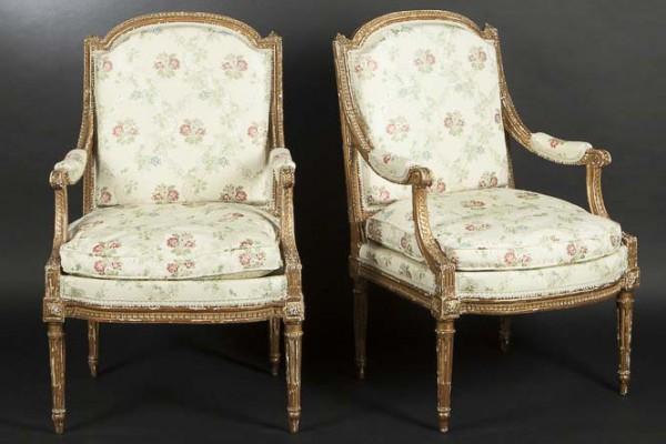 Paire de fauteuils Bois doré Epoque Louis XVI