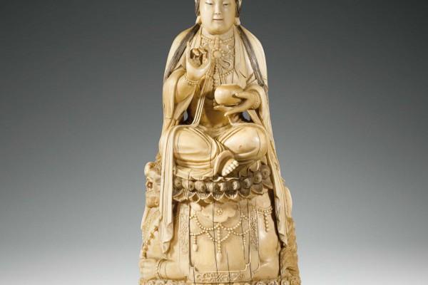 Statuette ivoire sculpté Chine Dynastie Qing