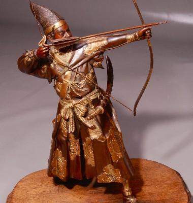 Archer en bronze patiné et or   JAPON XIX° siècle