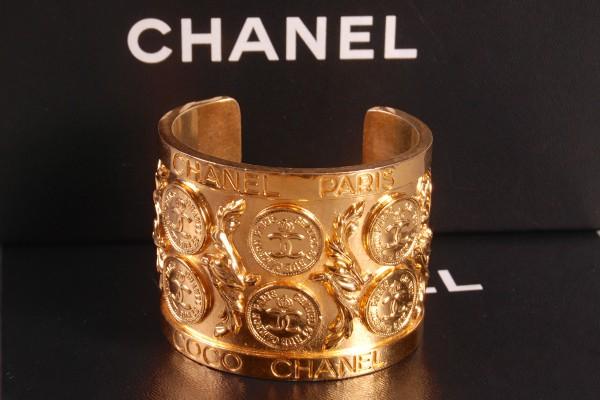 CHANEL  bracelet manchette