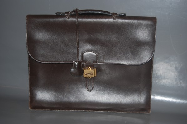 HERMES  Pochette porte-documents  Cuir box noir