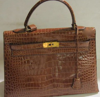 HERMES   sac Kelly en crocodile cognac        35 cm