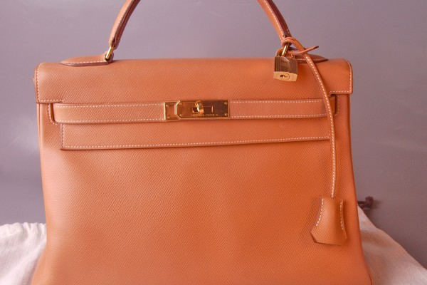 replica hermes - HERMES sac Kelly en cuir grain�� gold 35-cm \u2022 Williams Lacombe