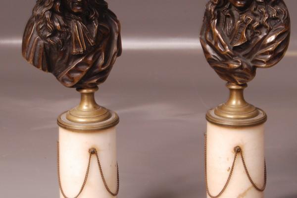 Paire de bustes en bronze patiné Fin de l' époque LOUIS XVI  XVIII° siècle