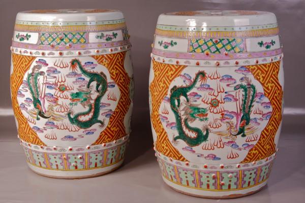 Paire de tabourets en porcelaine  CHINE Dynastie Qing
