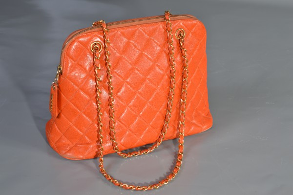 CHANEL          Sac cuir orange