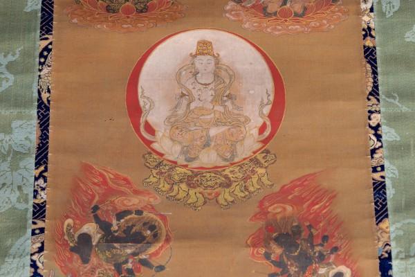 Peinture sur soie en rouleau    Japon               XIX°:XX° siècle