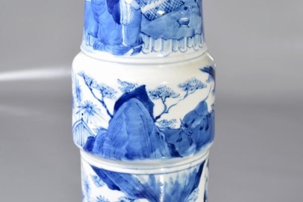 Vase Gu en porcelaine blanc-bleu