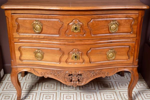 Commode provençale XVIII° siècle